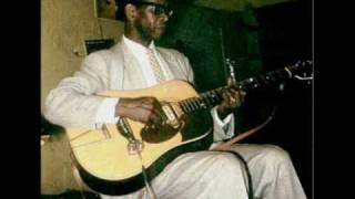 Elmore James - Standing At The Crossroads