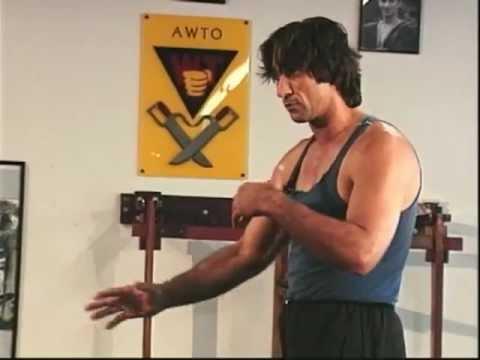 Emin Boztepe Wing Chun - Abwehr gegen Messer und Stock - Escrima (Knife Defence)