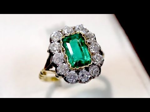 2 ct Colombian Emerald and 2.2 ct Diamond, 18 ct Yellow Gold Dress Ring - Antique Circa 1890 - A8227