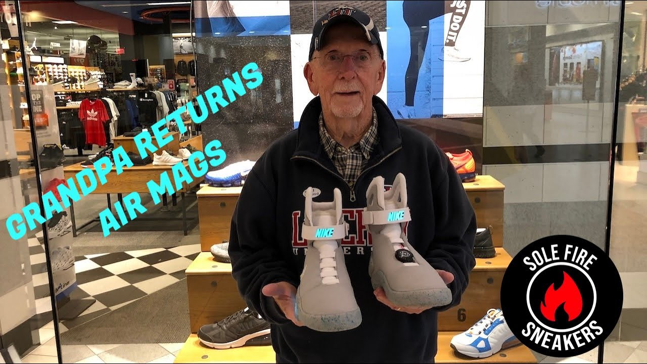 Acquistare NIKE AIR MAG BACK TO THE FUTURE Nike scarpe Uomo
