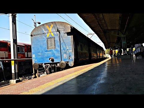 Train Reverses Onto Platform At Mumbai LTT Train Station