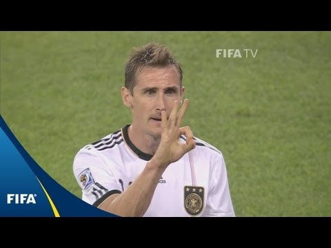 Germany show four fingers to World Cup