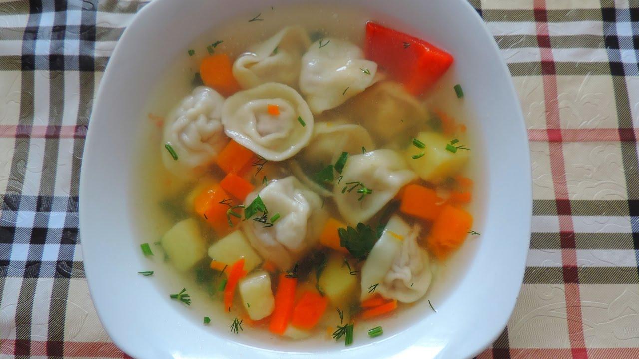 Готовим вкусный суп с пельменями. Prepare a delicious soup ...