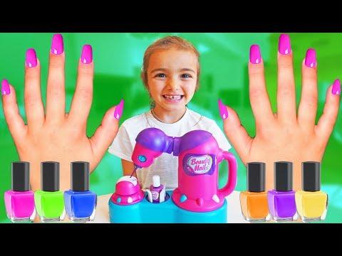 Las Ratitas se pintan las uas en colores pretend play shopping nail polish for kids