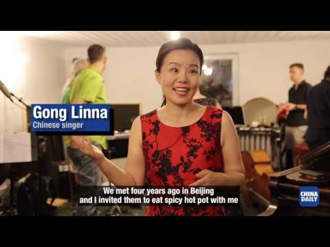 Chinese singer brings musical styles together