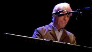 John Cale--SHIFTY ADVENTURES--De Oosterpoort-Groningen--22 februari 2013