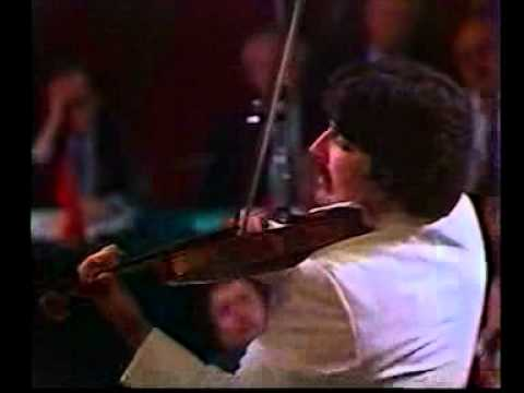 Andres Cardenes plays Tchaikovsky Violin Concerto 3rd movement