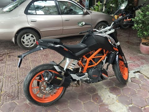 ktm duke 390 with akrapovic exhaust sound testing youtube. Black Bedroom Furniture Sets. Home Design Ideas