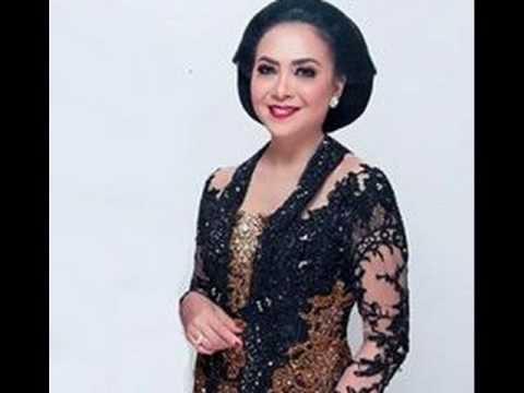 SUNDARI SOEKOTJO  KOLEKSI KERONCONG TERBAIK (TEMBANG LAWAS INDONESIA)