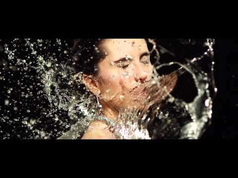 Models Splashed With Water In Slow Motion by MUBU [Phantom HD]