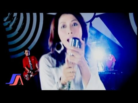 Bingkai Band - Pria Sempurna  (Official Music Video)