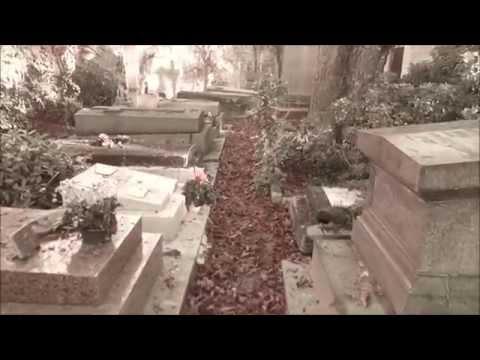 Toussaint au Cimetière de Montmartre
