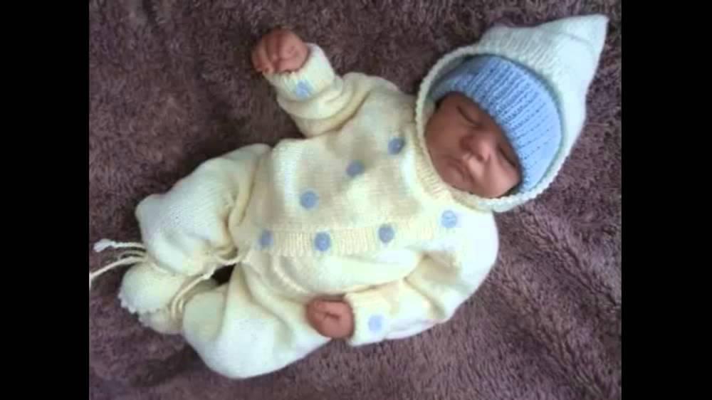 Костюмчик спицами для новорожденных - YouTube