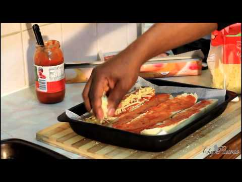 How to Make Pepperoni Pizza At Home