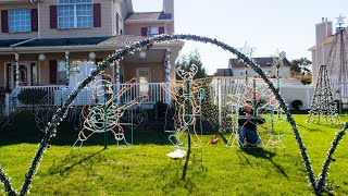 120,000-Holiday-Light Front Yard