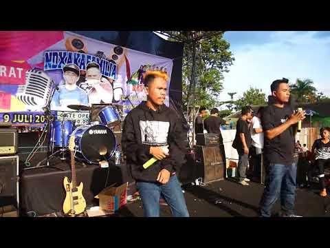 DAHSYAT!! NDX AKA FAMILIA Lilakno Aku Live Semarang 9 JULI 2017