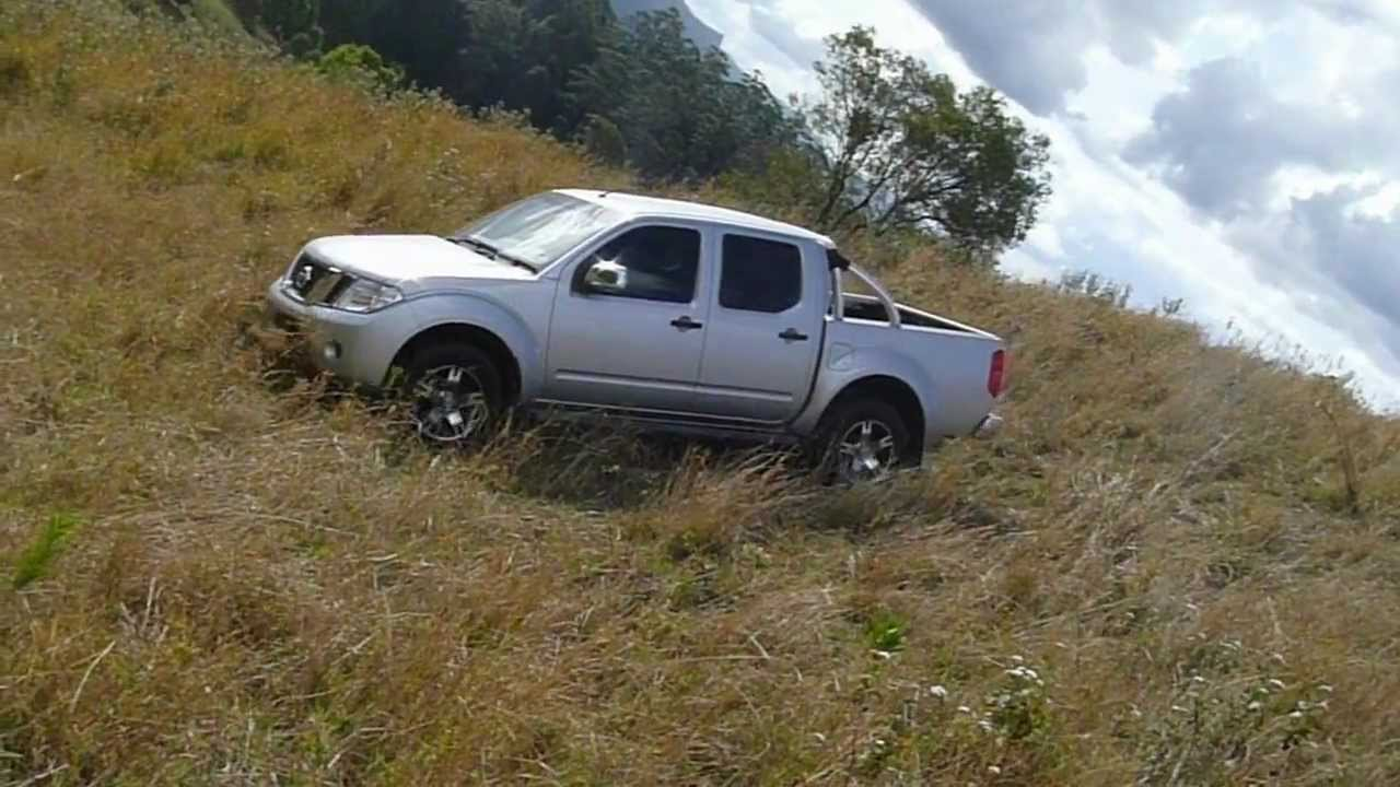 nissan navara frontier d40 hill climb off road 4x4 4wd youtube. Black Bedroom Furniture Sets. Home Design Ideas
