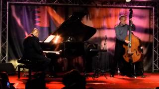 Dave Holland & Kenny Barron - In Walked Bud (New Morning - Paris - November 18th 2014)