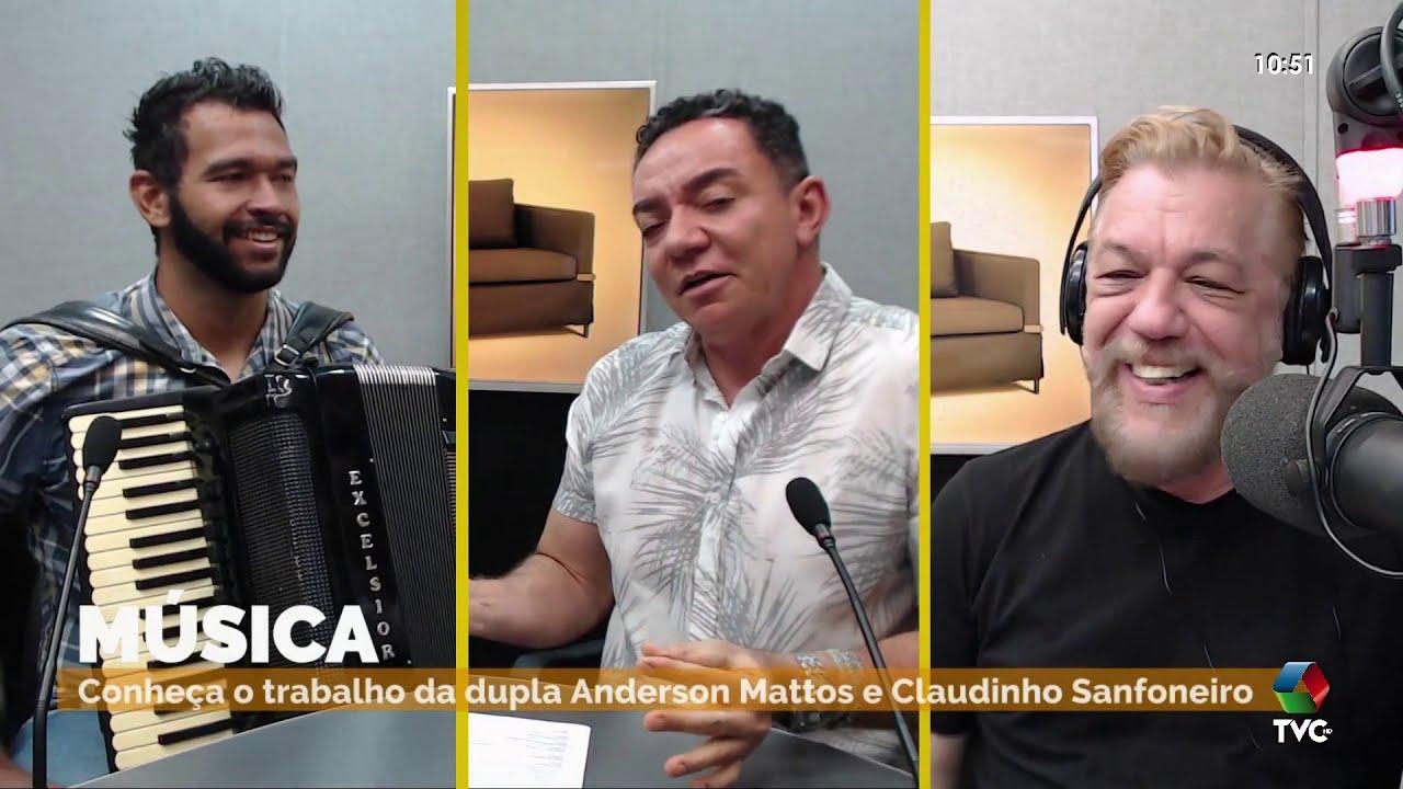 Claudinho Sanfoneiro se apresenta no programa 'A Casa é Sua'
