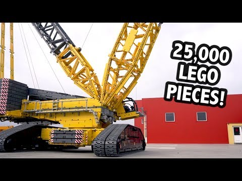 Huge LEGO Technic Crane – 4.5m/14.5 Feet Tall!