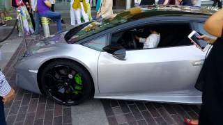 Luxury cars infront of Dubai Mall 25.12.2016