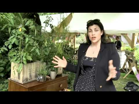 Kirstie allsopp on upcycling things in your house in the for Garden rooms kirstie allsopp