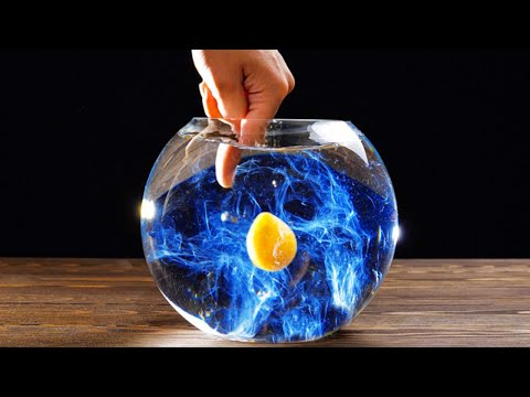 EGGCITING! 22 CRAZY EXPERIMENTS WITH EGGS