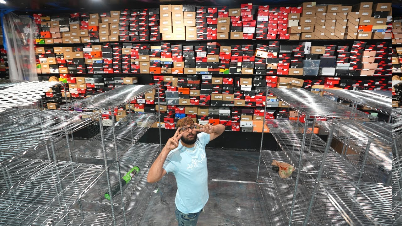 WE ARE OPENING A NEW COOLKICKS