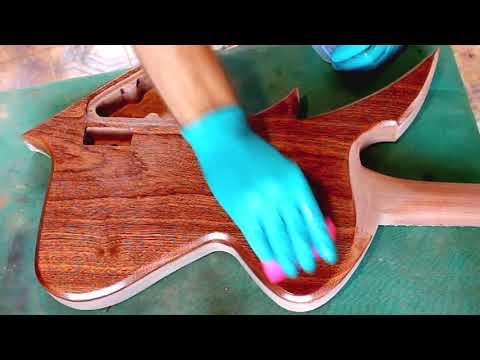Epoxy resin on mahogany | Guitar Building Finish