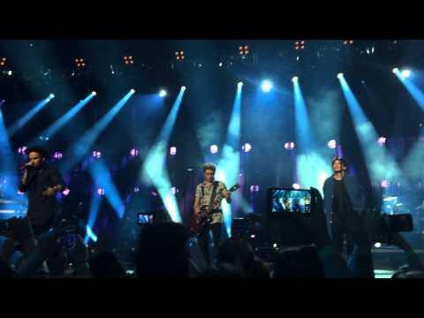 One Direction - Midnight Memories (Apple Music Festival, London)