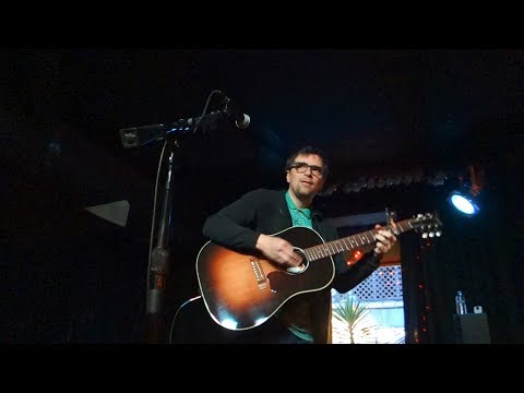 Rivers Cuomo - Basket Case (Green Day cover) – Live in San Francisco
