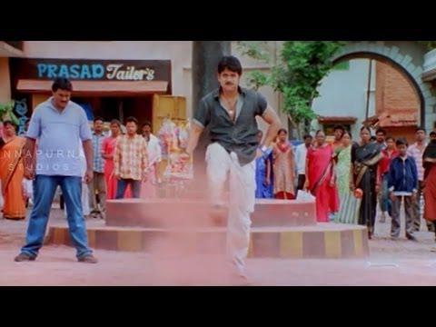 Nagarjuna Fighting With Rowdies For Sunil || Mass Movie