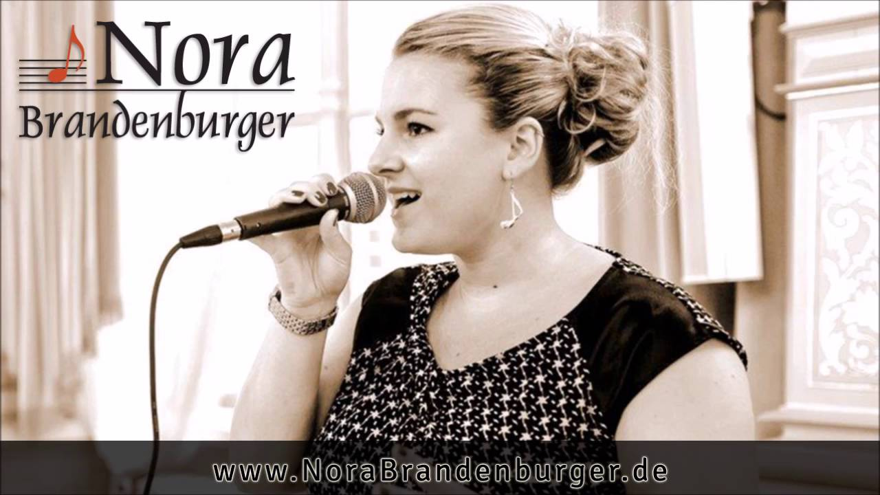 Nora Brandenburger - Can't Help Falling In Love (Cover)