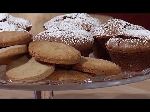 Biscotti Di Natale Quel Che Passa Il Convento.Quel Che Passa Il Convento Piccole Capresi Alle Noci E Biscotti Di