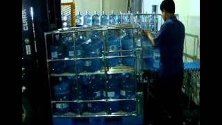 The New Bottle Water Transport Rack System.wmv
