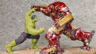 Hot Toys Hulk VS. Hulkbuster Iron Man Statues from AGE OF ULTRON