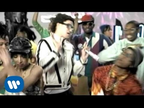 Gnarls Barkley - Run [I'm A Natural Disaster] (video)