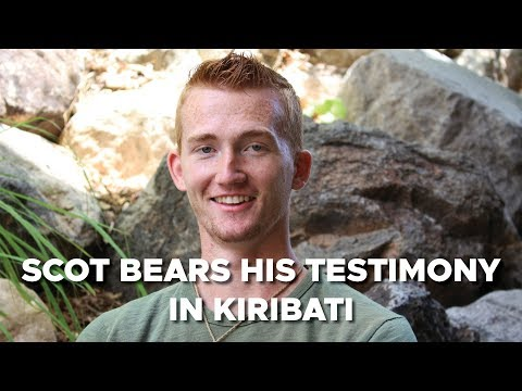 Scot Carringotn bears his testimony in Kiribati