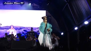 "Björk H.D 24.07.2015 ""STONEMILKER"" (¡Rodado desde Primera Fila!) en Barcelona (Leñador Films TV)"