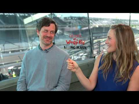DIARY OF A WIMPY KID: Alicia Silverstone & Tom Everett Scott Jam Out To Spice Girls