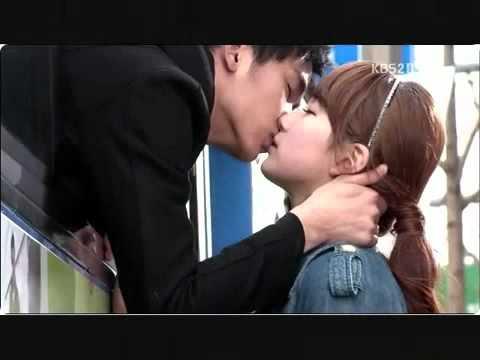 [ Dream High Ep 16 ] Sam Dong and Hye Mi Kiss Scene.mp4 ... I Am Sam Korean Drama Kiss