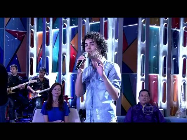 Sam Alves volta a interpretar música que cantou na final do The Voice Vídeos De Viagens