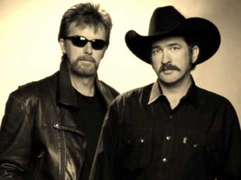 Brooks & Dunn feat. Mac Powell - Over the next hill (We'll be home)