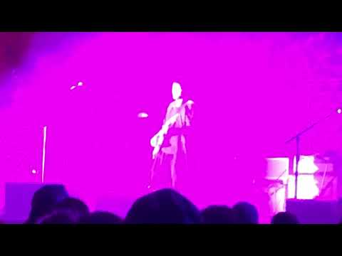 "John Mayer performs ""Edge of Desire"" at Bourbon & Beyond - Louisville KY - 9/22/18"