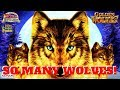 SOOO MANY WOLVES!  GOLDEN WOLVES SLOT MACHINE by KONAMI