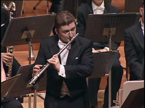 C P E  Bach: Sonata in a minor for flute alone