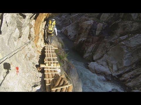 探訪 断崖の峡谷縫って続く桟道 黒部・下ノ廊下2013
