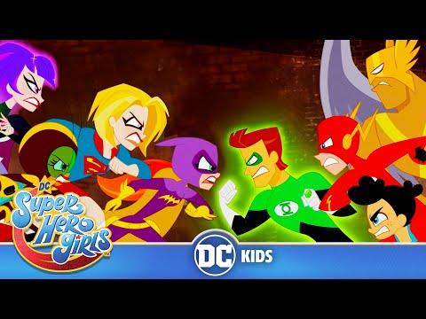 DC Super Hero Girls | Superboys vs Supergirls! | @DC Kids