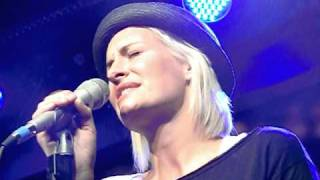 SARAH CONNOR *Leave With A Song* live N-Joy Soundfiles 07.12.2010