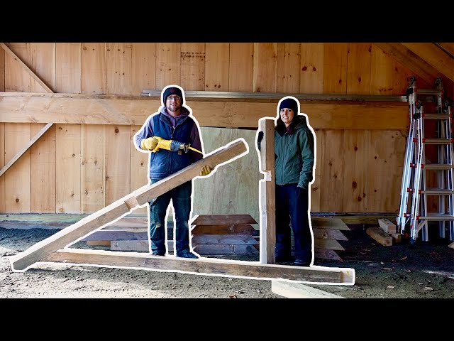 Husband & Wife Make Post & Beams Out of Salvaged 4x4s From Pallets Composting OutHouse Build Day 3